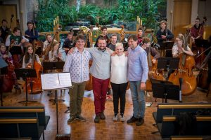 Workshop faculty; Rob Nairn, Etienne Lawrence, Alana Dawes, Peter McLachlan and workshop participants at the final concert